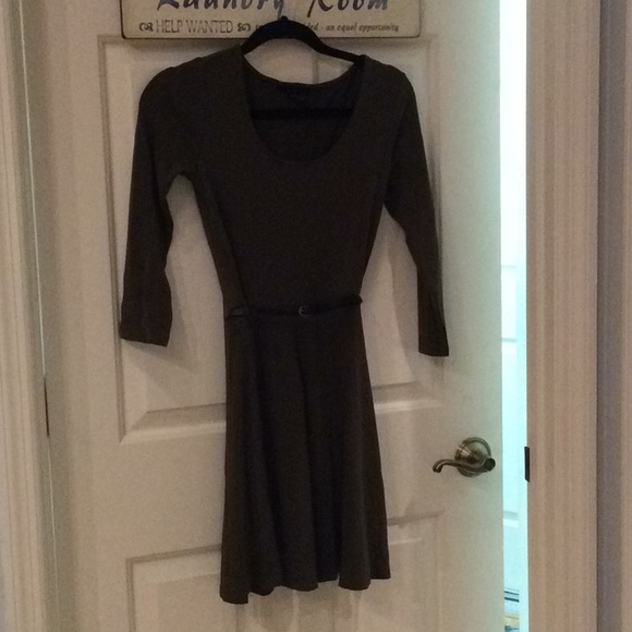 Forever 21 Dresses & Skirts - Olive green dress by forever 21 small 3/4 sleeves